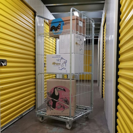 location d'espace de stockage en roll